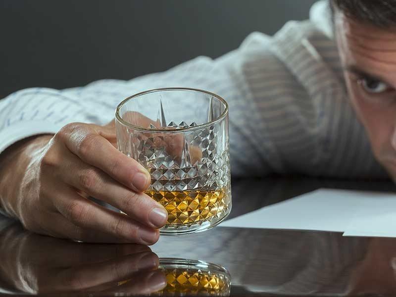 Как лечат алкогольную зависимость в клиниках Израиля